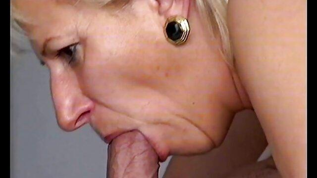 دختر دانلود فیلم سینمایی سکسی با کیفیت 18 ساله سواری دیک دوست دختر او را با شور و نشاط