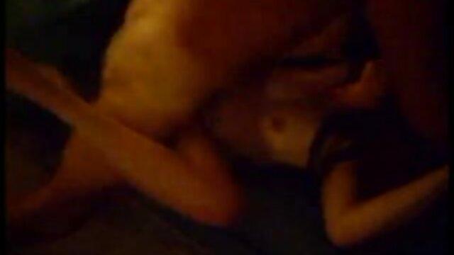 دو, 18 ساله فیلم سینمایی سکس داستانی جلق زدن در مقابل یک وب کم