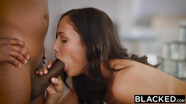 سبزه سیاه فیلم سینمایی سکسی نیمه و سفید در رابطه جنسی