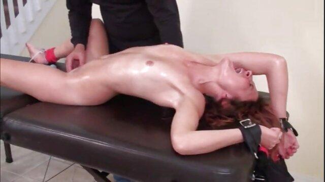 مقعد رابطه جنسی جدیدترین فیلم سینمایی سکسی از یک مرد قوی و یک دختر
