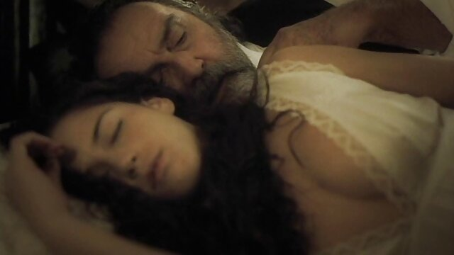 زیبایی پور در یک پارتی دانلود رایگان فیلم سینمایی سکسی در یک کلوپ شبانه