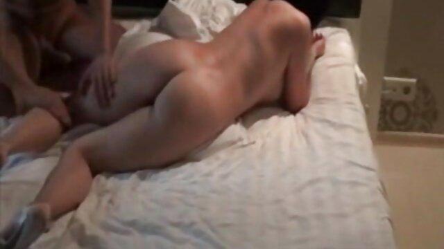 سیاه پوست فاحشه fucks در با دانلود فیلم سینمایی porn یک مشتری سفید